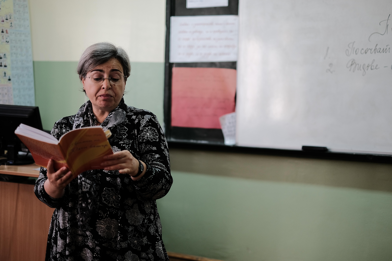 Писателката Илияна Каракочева- Ина Крейн при ученици от 5 - А клас